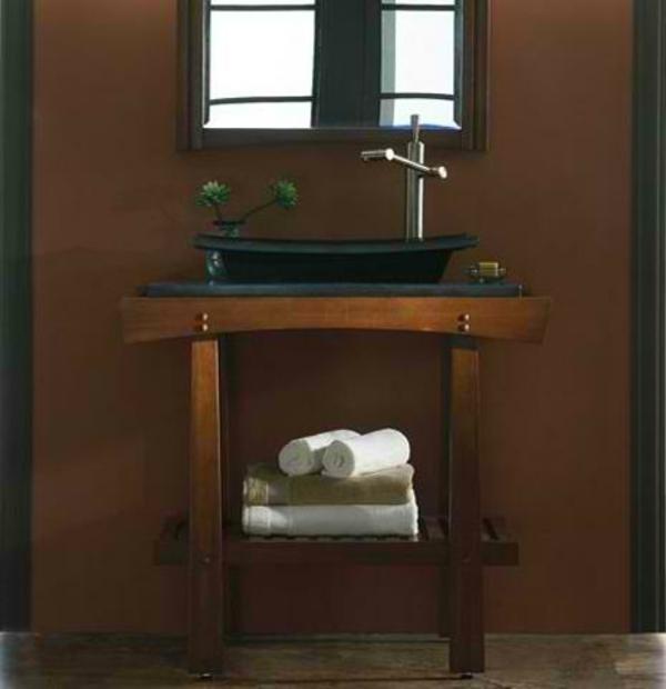 design-du-meuble-de-lavabo-en-bois-naturel-laqué-avec-un-lavabo-noir