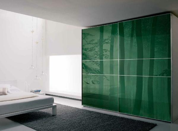 design-en-vert-pour-votre-garderobe