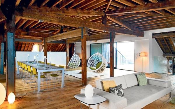 en-bois-naturel-plafond-et-mobilier-moderne-et-actuelle