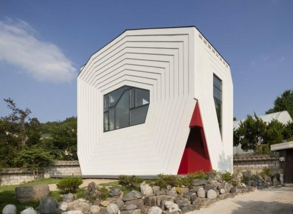 géometrique-maison-en-blanc-pour-votre-confort-et-style-original