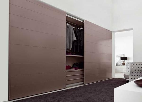 grande-garderobe-en-beige