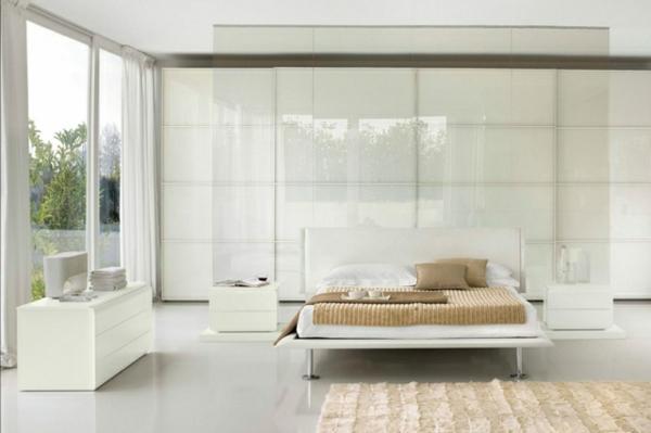 idées-déco-chambre-coucher-couleurs-naturelles-monochrome-blanche-accents-tapis-linge-lit-beige