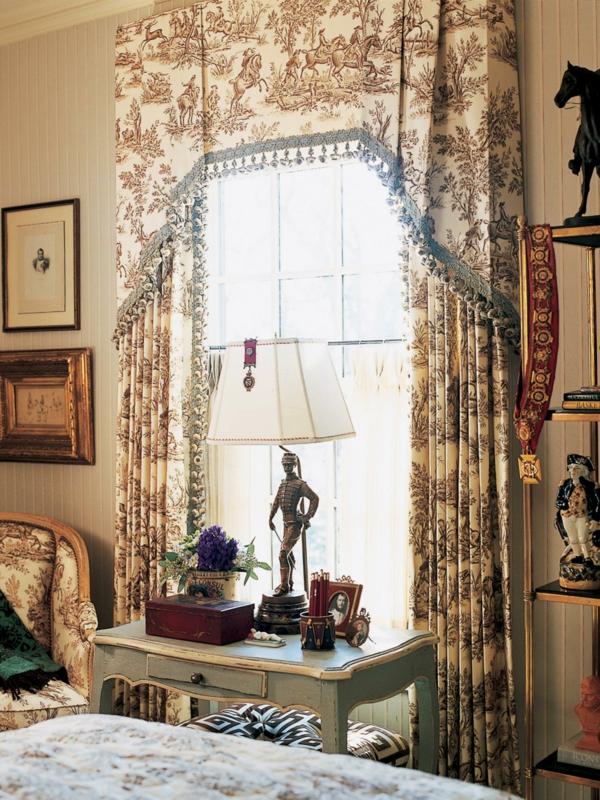 intérieur-design-en-style-rétro-en-beigeavec-une-décoration-unique