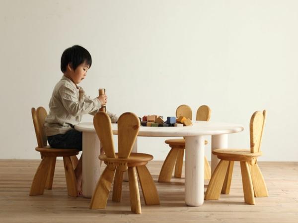jolie-design-pour-un-chaise-d'enfant-ecologique