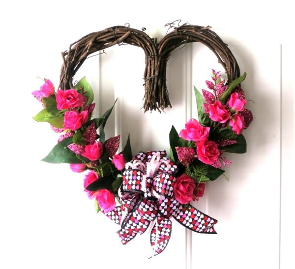 joyeuse-saint-valentin-avec-décoration-en-bois-floté-et-des-fleurs-décoratives