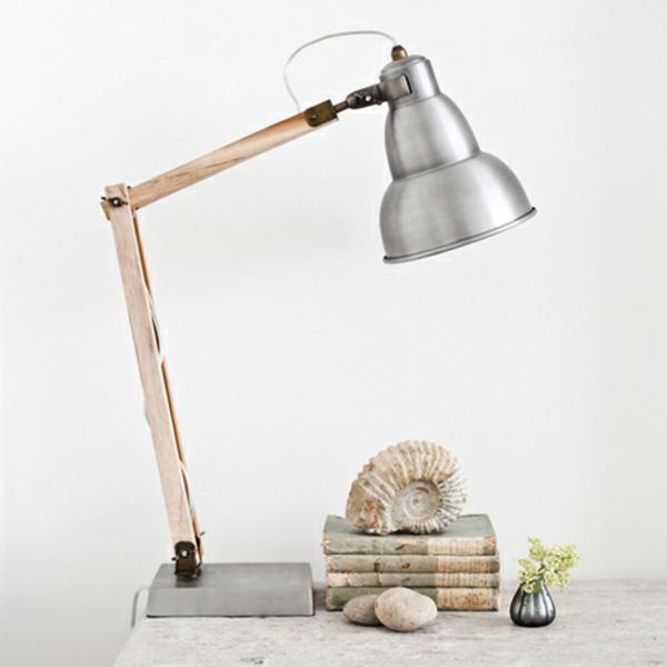 lampe-en-bois-et-fer