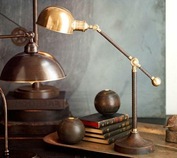 lampe-en-fer-et-bronze