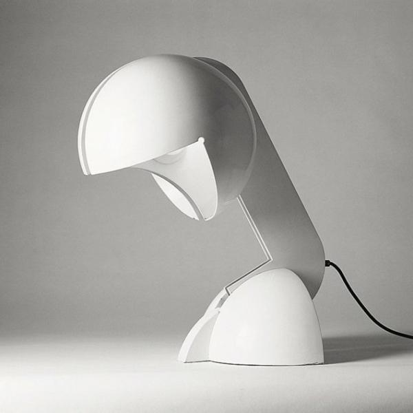 magnifique-lampe-en-blanc-pour-votre-office