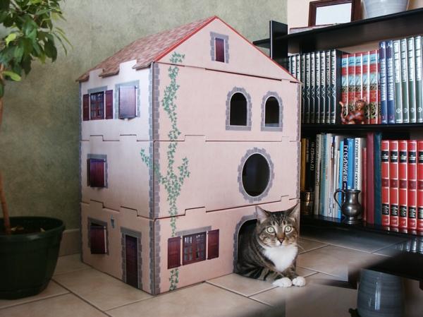 maisonnette-pour-chat-en-rose