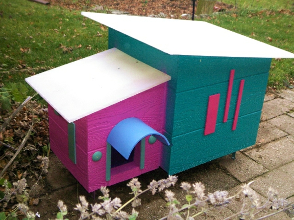 maisonnette-pour-chat-maisonnettes-colorées