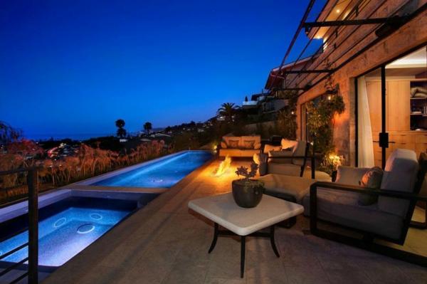 maisons-contemporaines-deux-piscines-infinies