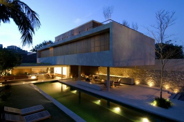 maisons-contemporaines-maison-joli-éclairage-extérieur