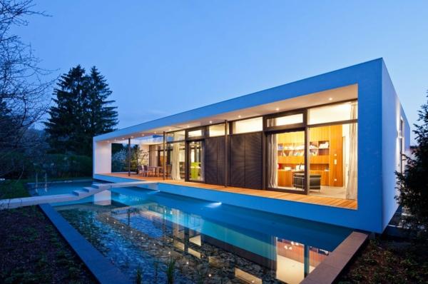 maisons-contemporaines-une-maison-rectangulaire-moderne
