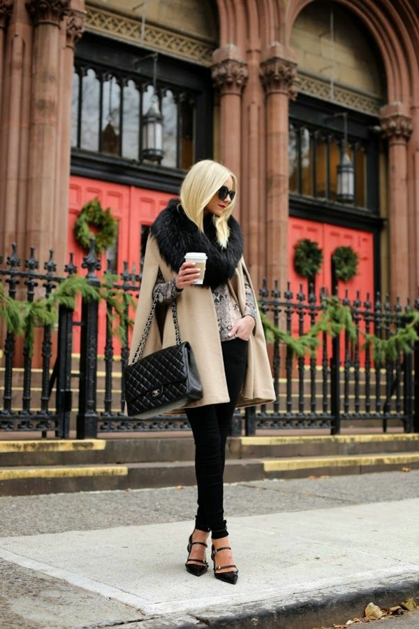 manteau-cape-en-beige