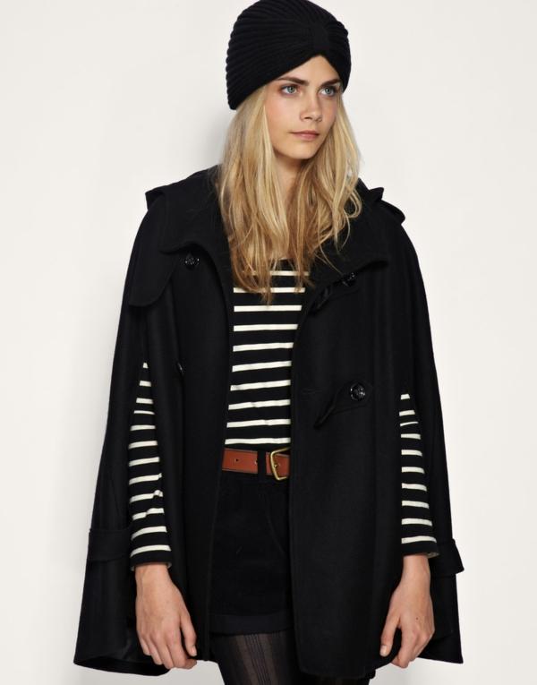 manteau-cape-et-blouse-rayures