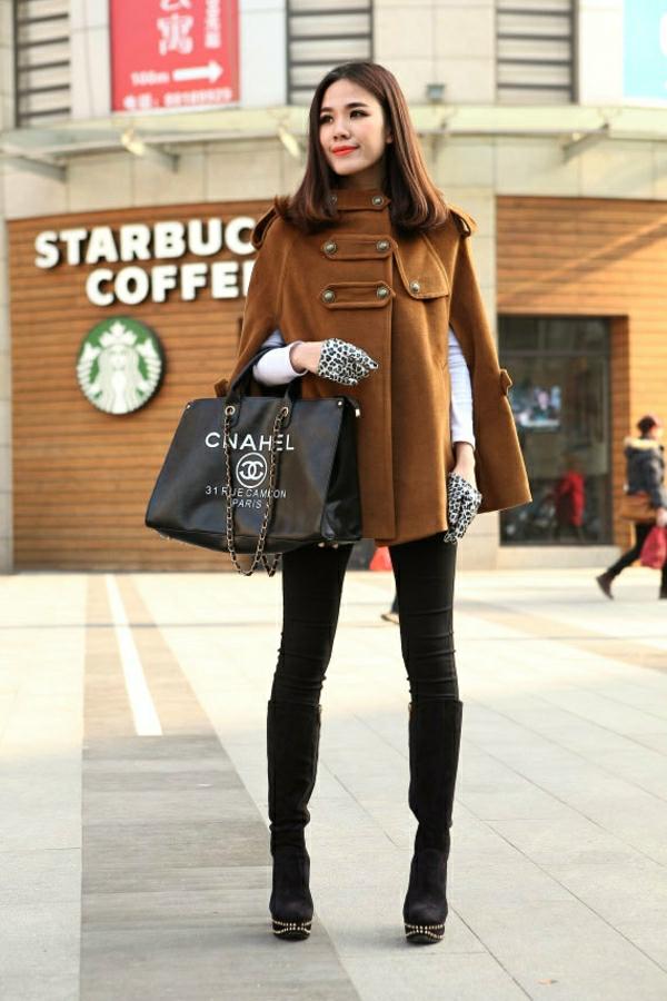 manteau-cape-modèle-marron-motifs-militaires-resized
