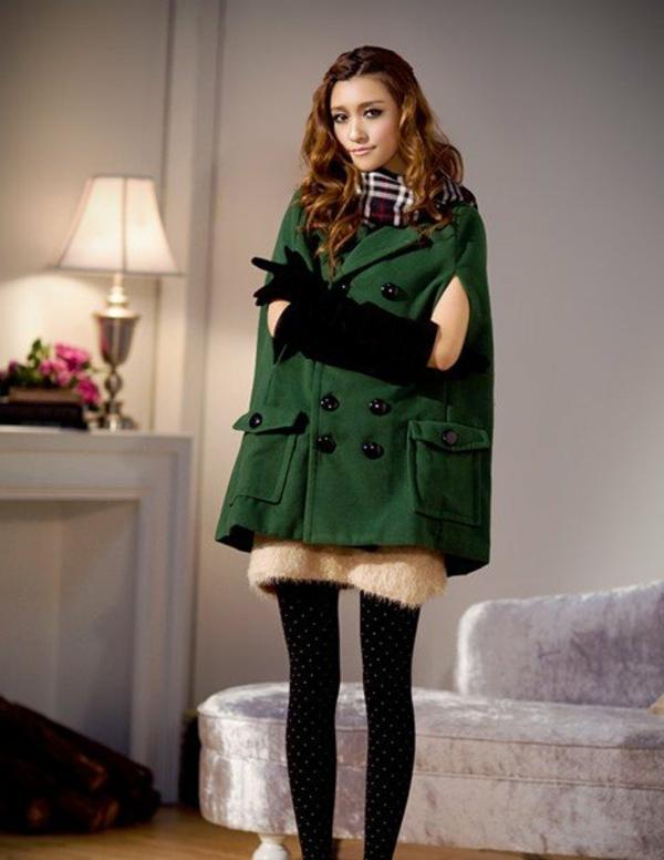 manteau-cape-mode-femmes-rétro