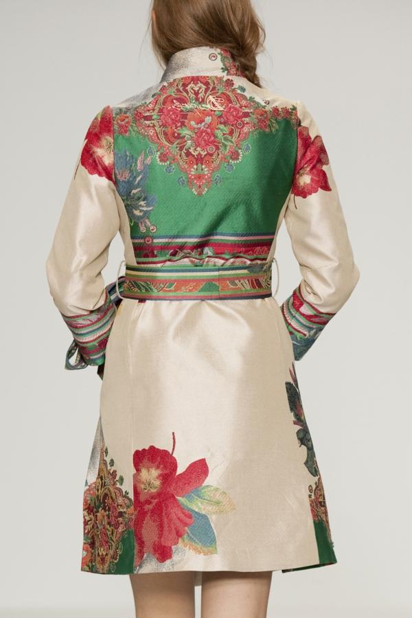 Le manteau desigual une mode de joie et de couleurs - Manteau dessin ...