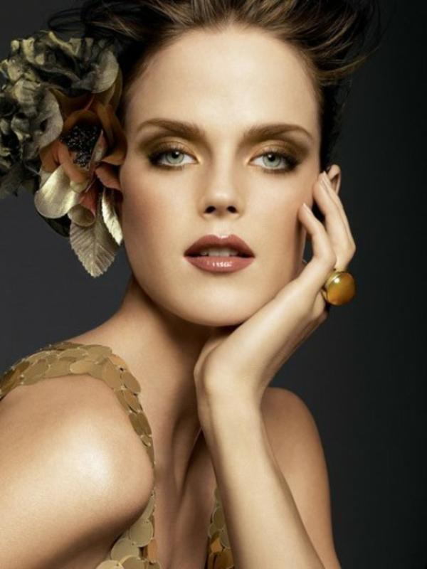 maquillage-smokey-eyes-l'oeil-charbonneux-doré