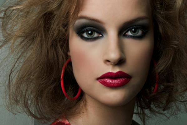 maquillage-smokey-eyes-l'oeil-charbonneux
