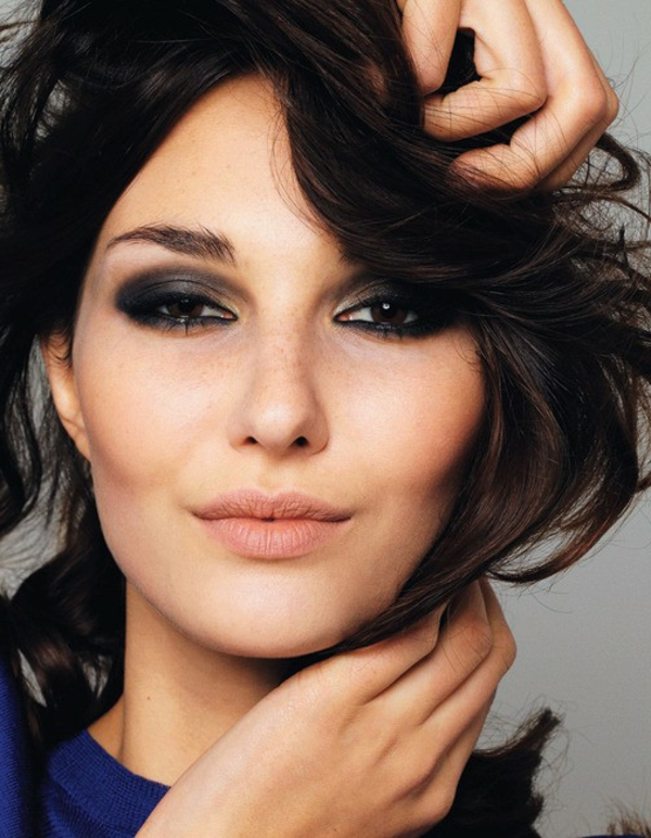 maquillage-smokey-eyes-maquillage-universel