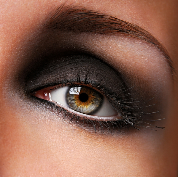 maquillage-smokey-eyes-maquillage-intense