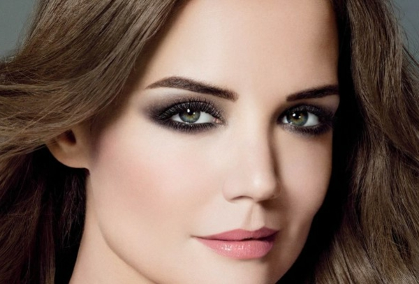 maquillage-smokey-eyes-nuances-sombres