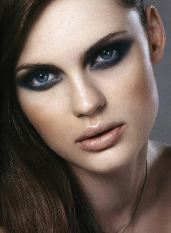 maquillage-smokey-eyes-paupières-allongées