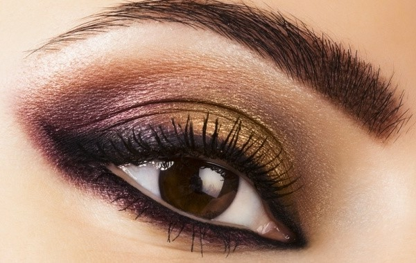 maquillage-smokey-eyes-un-look-festif