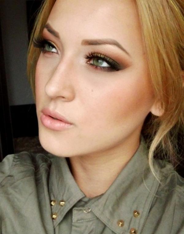maquillage-smokey-eyes-une-touche-dorée-et-nuances-rouges
