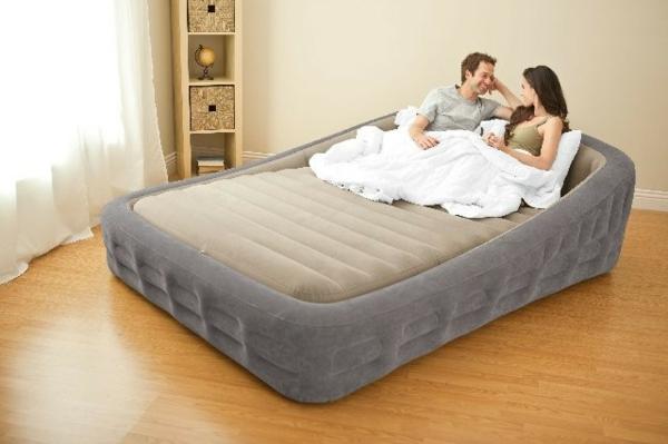 Le matelas gonflable lit confortable - Matelas d appoint confortable ...