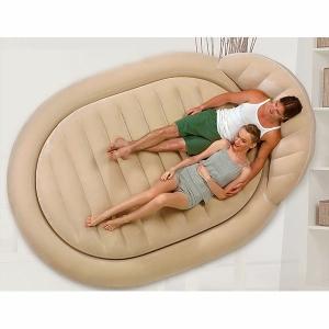 Le matelas gonflable - lit confortable