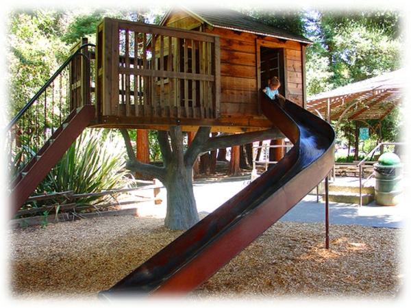 metal treehouse slide-resized