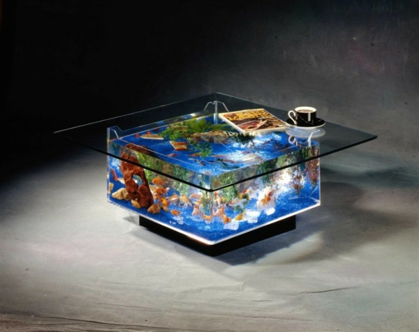 La d coration avec un meuble aquarium for Table salon aquarium