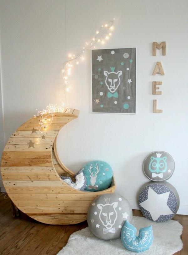 meubles-en-palettes-berceau-lune