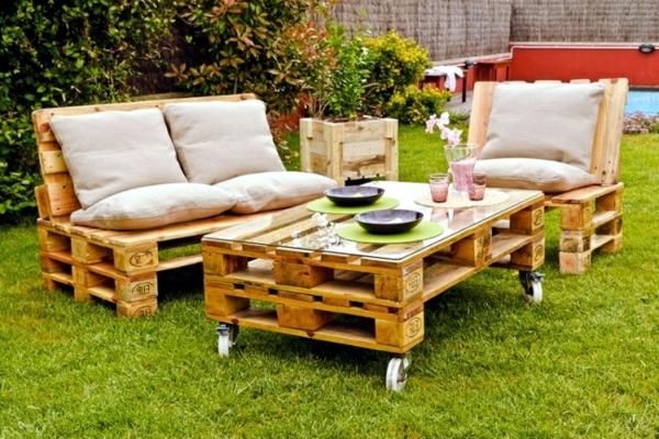Id es originales de meubles en palettes for Meuble jardin