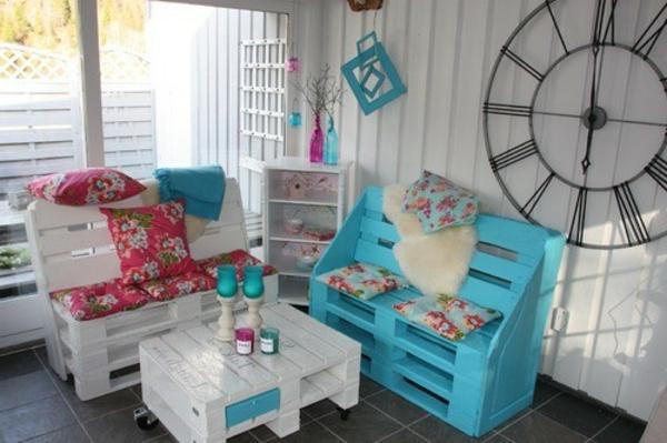 meubles-en-palettes-mobilier-unique-en-bois-de-palettes
