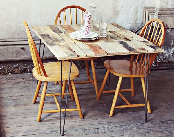 meubles-en-palettes-table-rectangulaire
