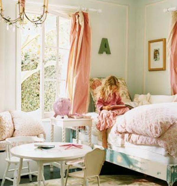 mignon-vintage-design-pour-la-chambre-de-fille-en-rose