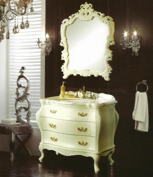 miroir-baroque-commode-baroque-couleur-crème