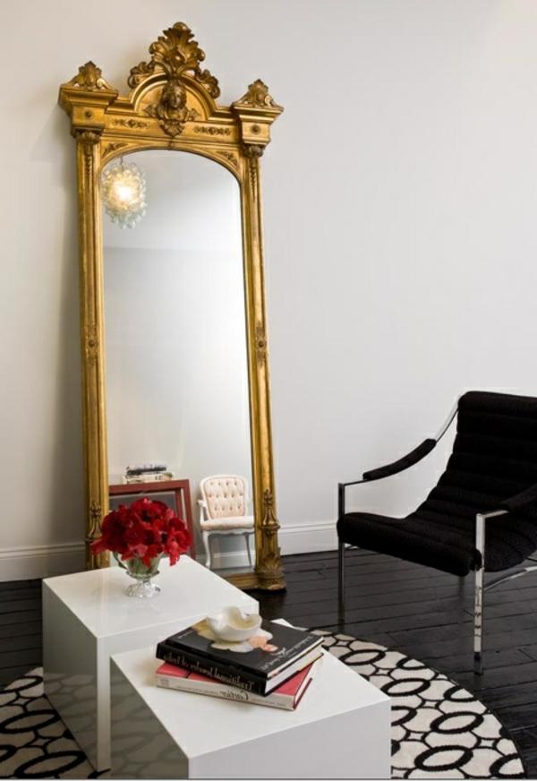 miroir-baroque-encadrement-en-couleur-d'or