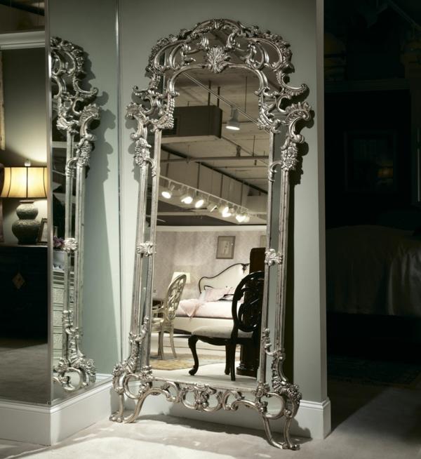 Le miroir baroque est un joli accent d co - Grand miroir mural sur mesure ...