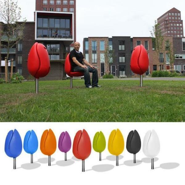 mobilier-urbain-les-chaises-tulipes