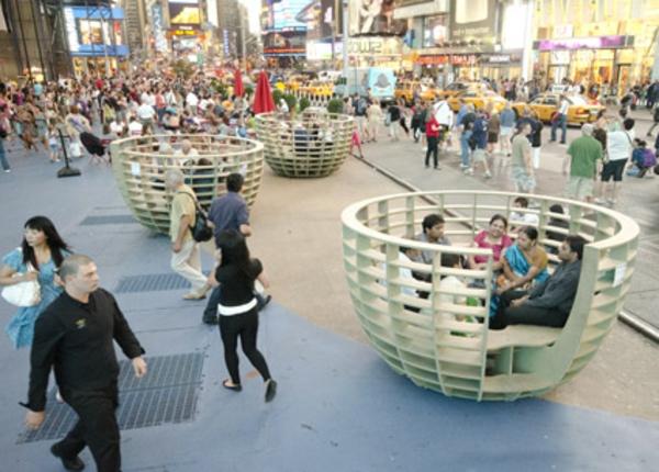 mobilier-urbain-les-grands-champignons-Times-square