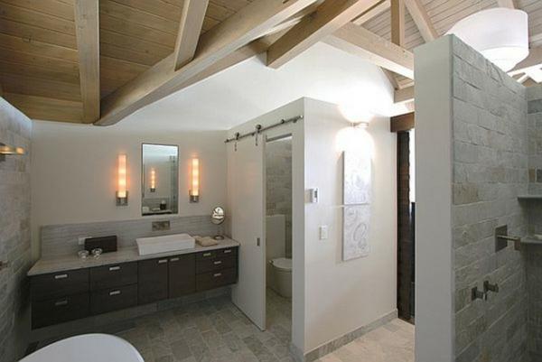 moderne-maison-avec-des-mur-etmobilier-en-blanc