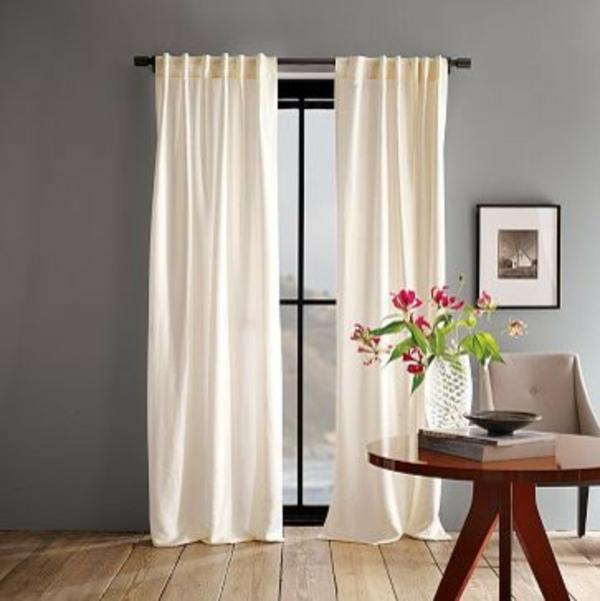 Design avec rideaux du luxe for Quelle couleur de rideaux avec mur blanc
