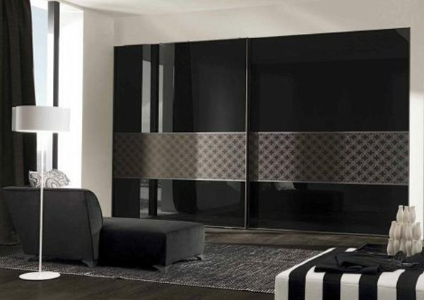 noir-garderobe-minimaliste