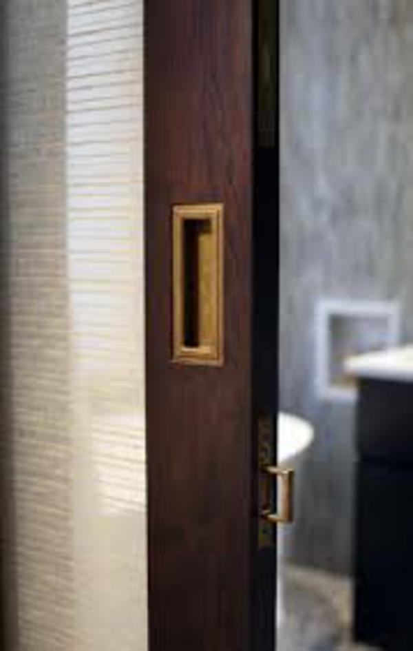 La porte coulissante pour la salle de bain for Solution porte 60 doors