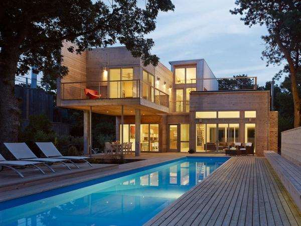 la piscine en bois rectangulaire espace de d tente et d co pour l 39 ext rieur. Black Bedroom Furniture Sets. Home Design Ideas