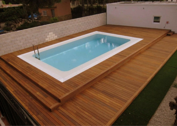 la piscine en bois rectangulaire espace de d tente et d co pour l 39 ext rieur. Black Bedroom Furniture Sets. Home Design Ideas